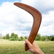 Rudas bumerangas, dovana, ką padovanoti bosui, vadovui